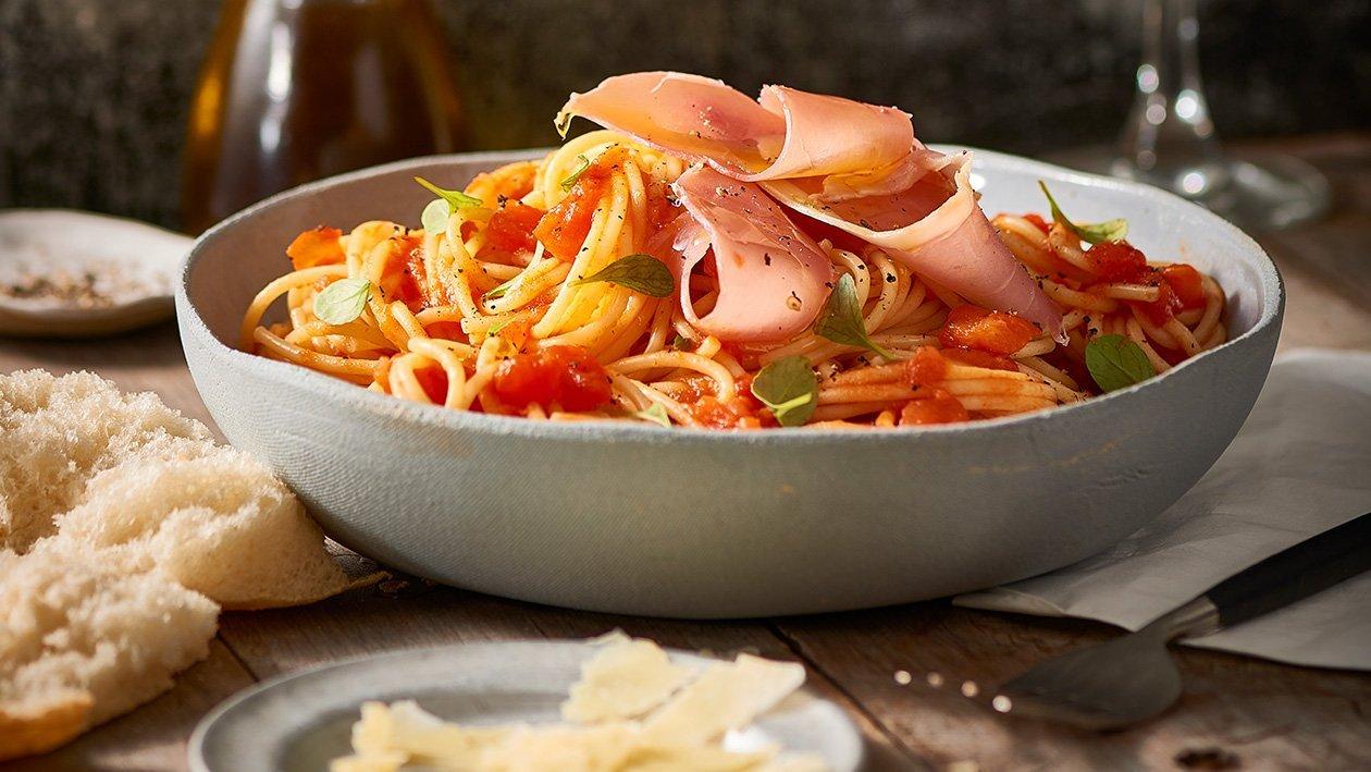 Spaghetti Napolitana with Prosciutto & Basil – Recipe