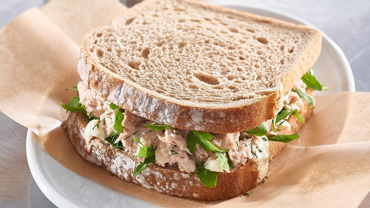 Spring Water Tuna on Rye with Fresh Dill, Mayo and Rocket – Recipe