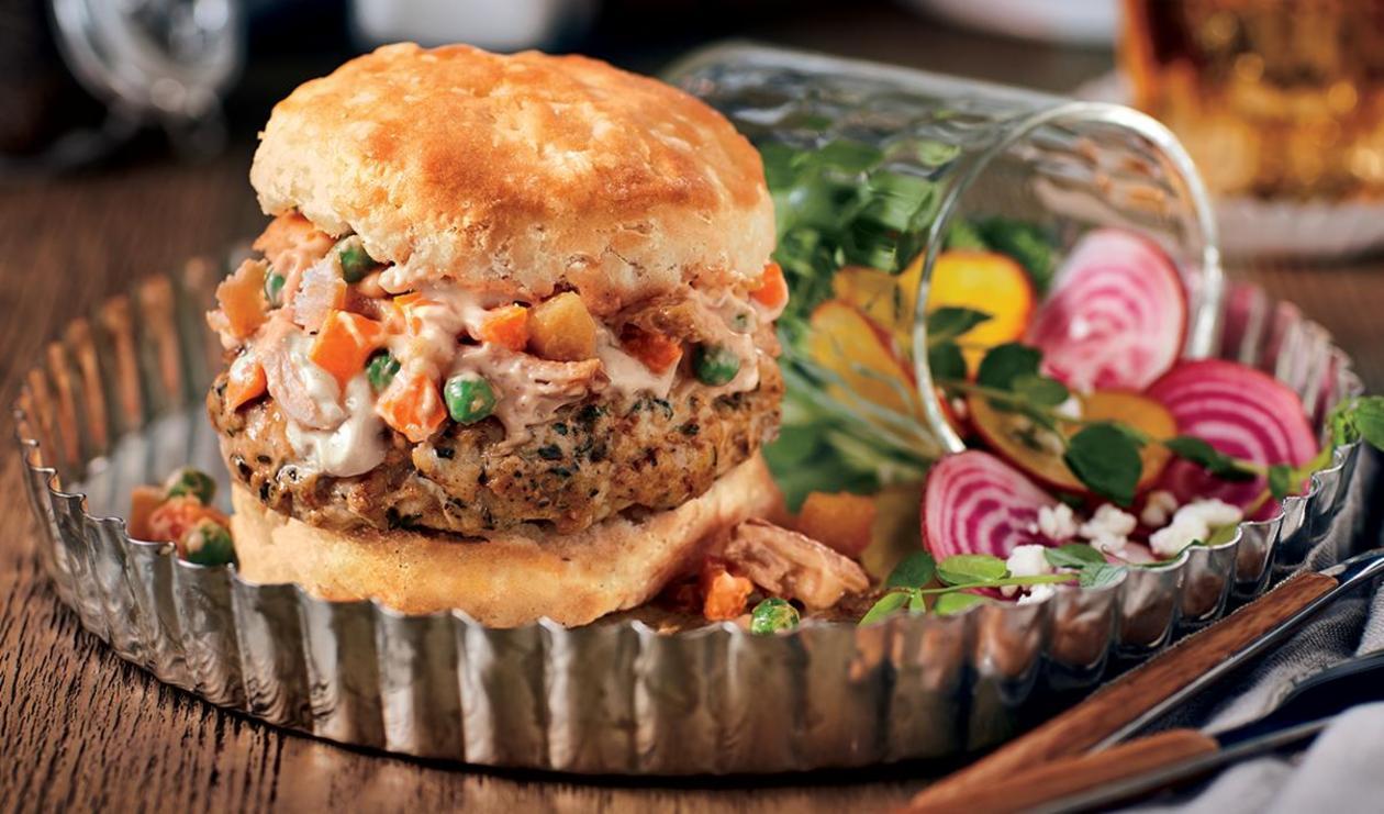 Smoked Chicken Pot Pie Burger – recipe