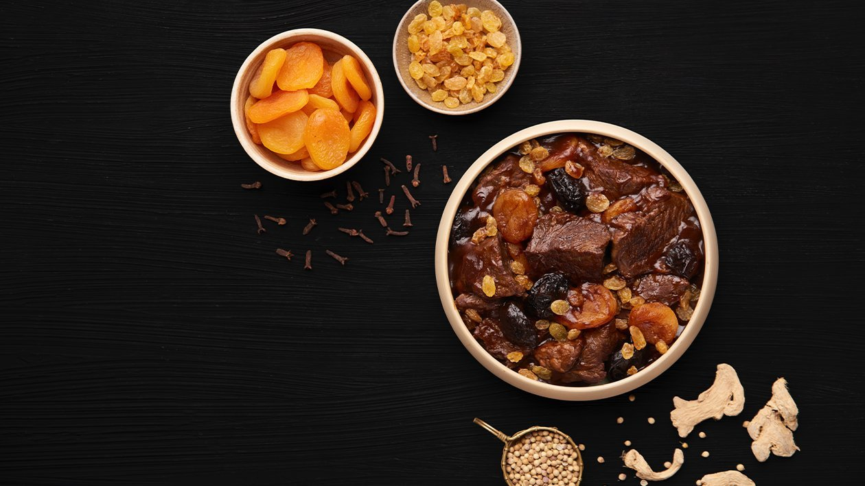 Beef Bourguignon with Dried Fruits