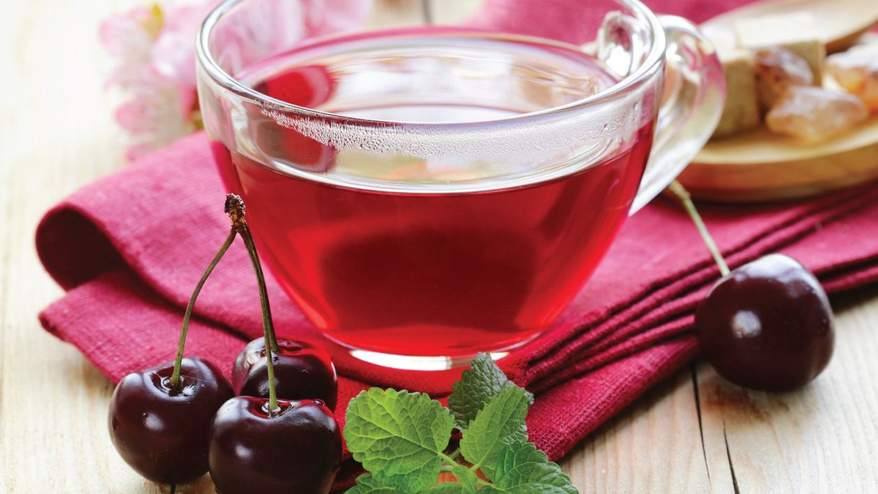 Cherry,‌ ‌Mint‌ ‌and‌ ‌Hazelnut‌ ‌Tea‌