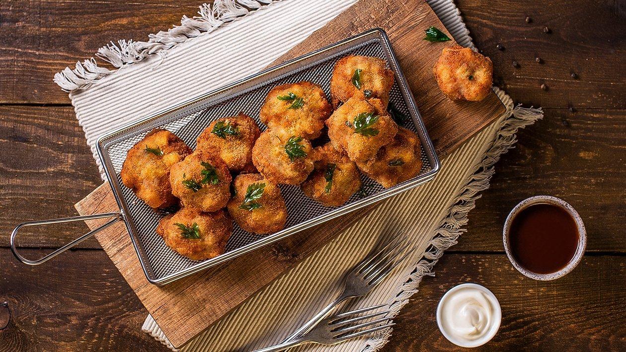 Macaroni Béchamel Fried Balls