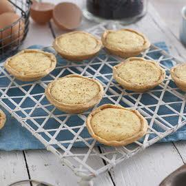 Curd tarts with PG Tips tea infused currants
