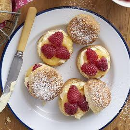 Lemon curd raspberry scones