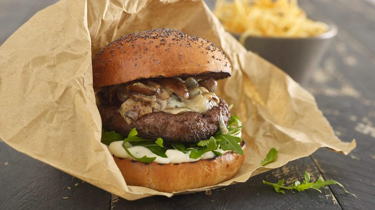 Bourbon, mushroom and blue cheese steak burger – recipe