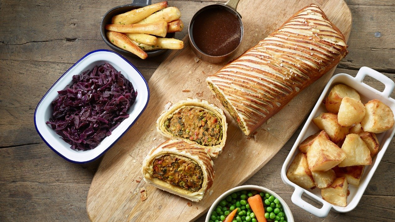 Carrot, chickpea and red pepper Wellington – recipe