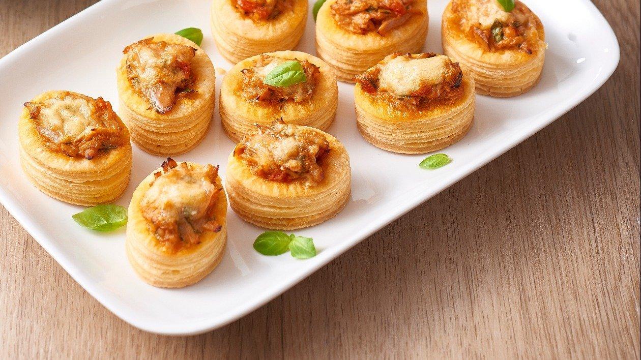 Creamy Tuna and Tomato Vol au Vents – recipe
