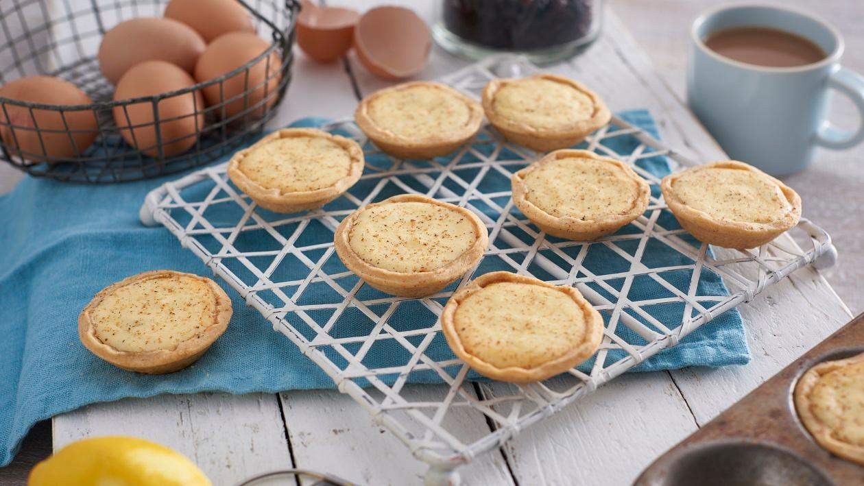 Curd tarts with PG Tips tea infused currants – recipe