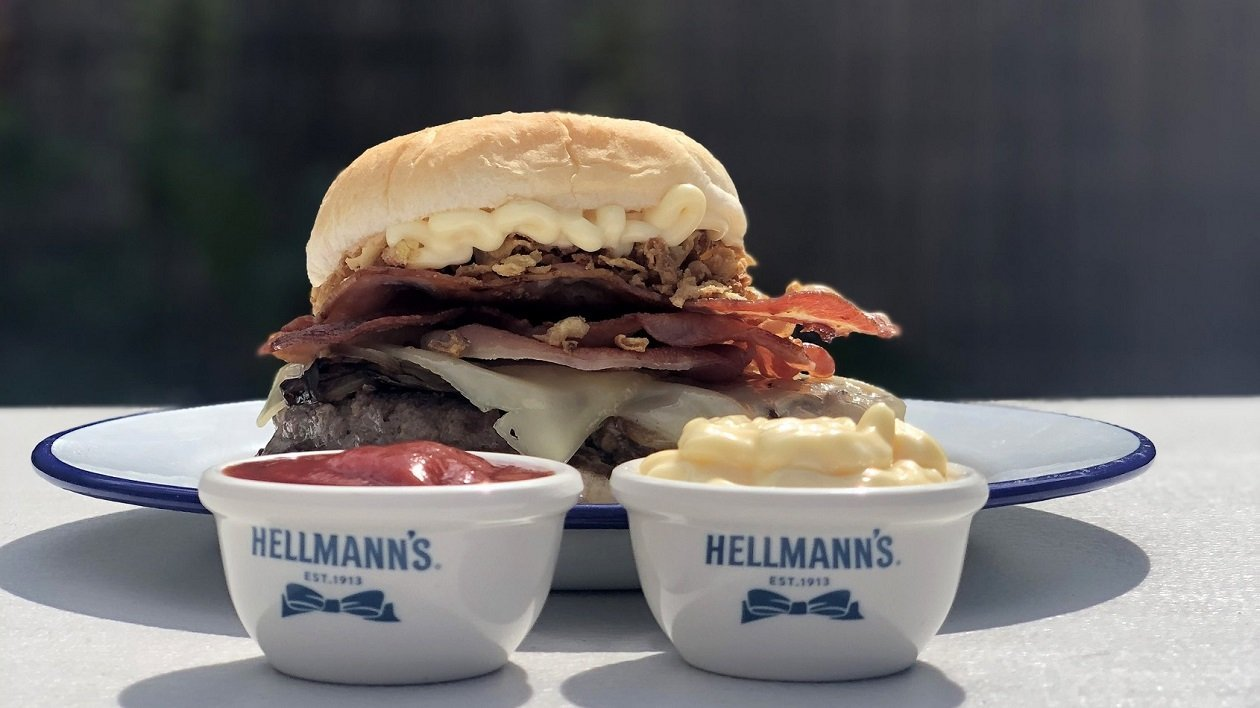 HELLMANN's Big Boys Onion Tended Consequences – recipe