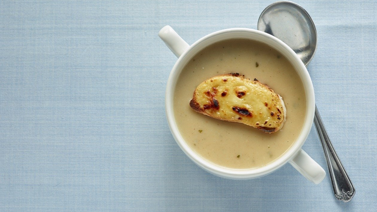 Mushroom cheese and garlic soup – recipe