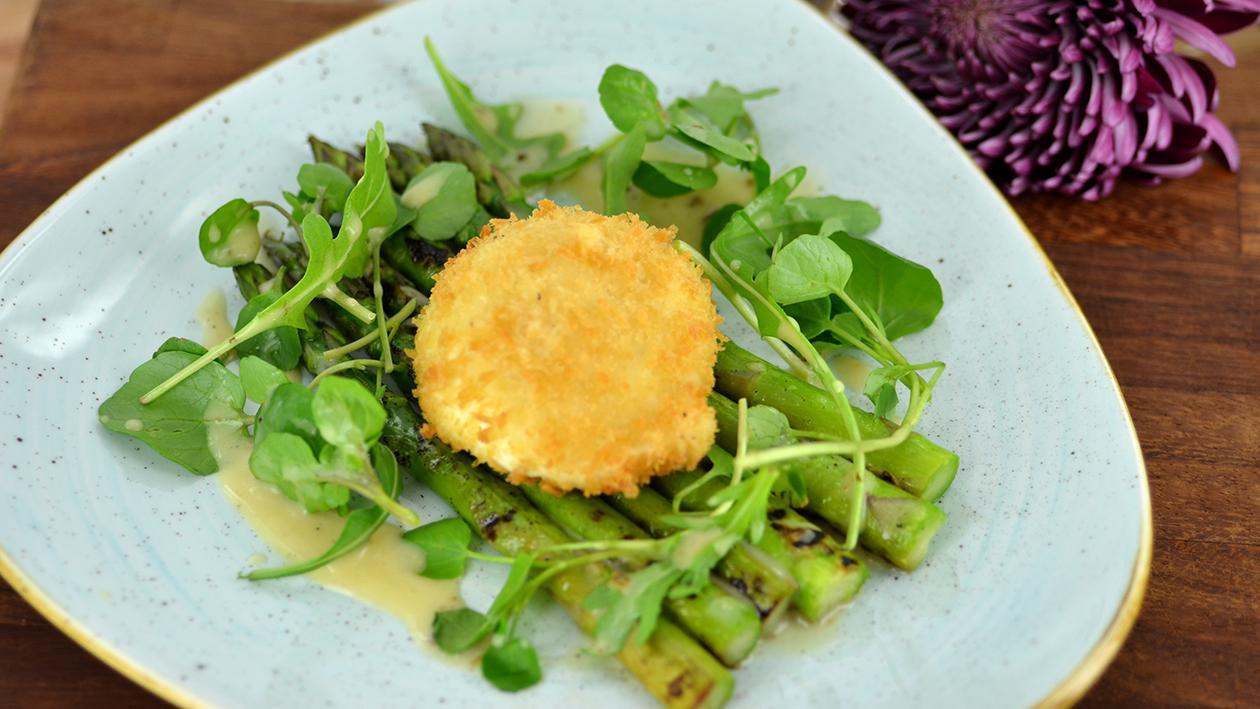 Panko poached egg with grilled asparagus