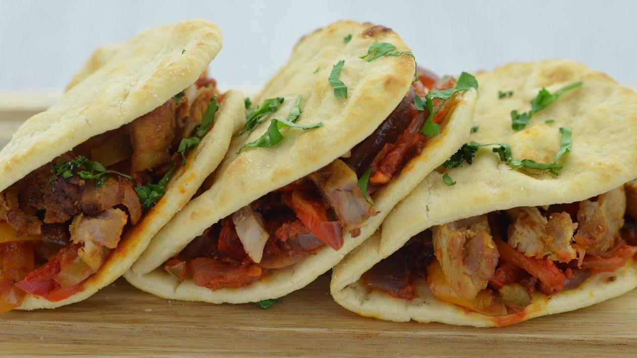Pulled Chicken Flatbread with Roasted Vegetables  – recipe