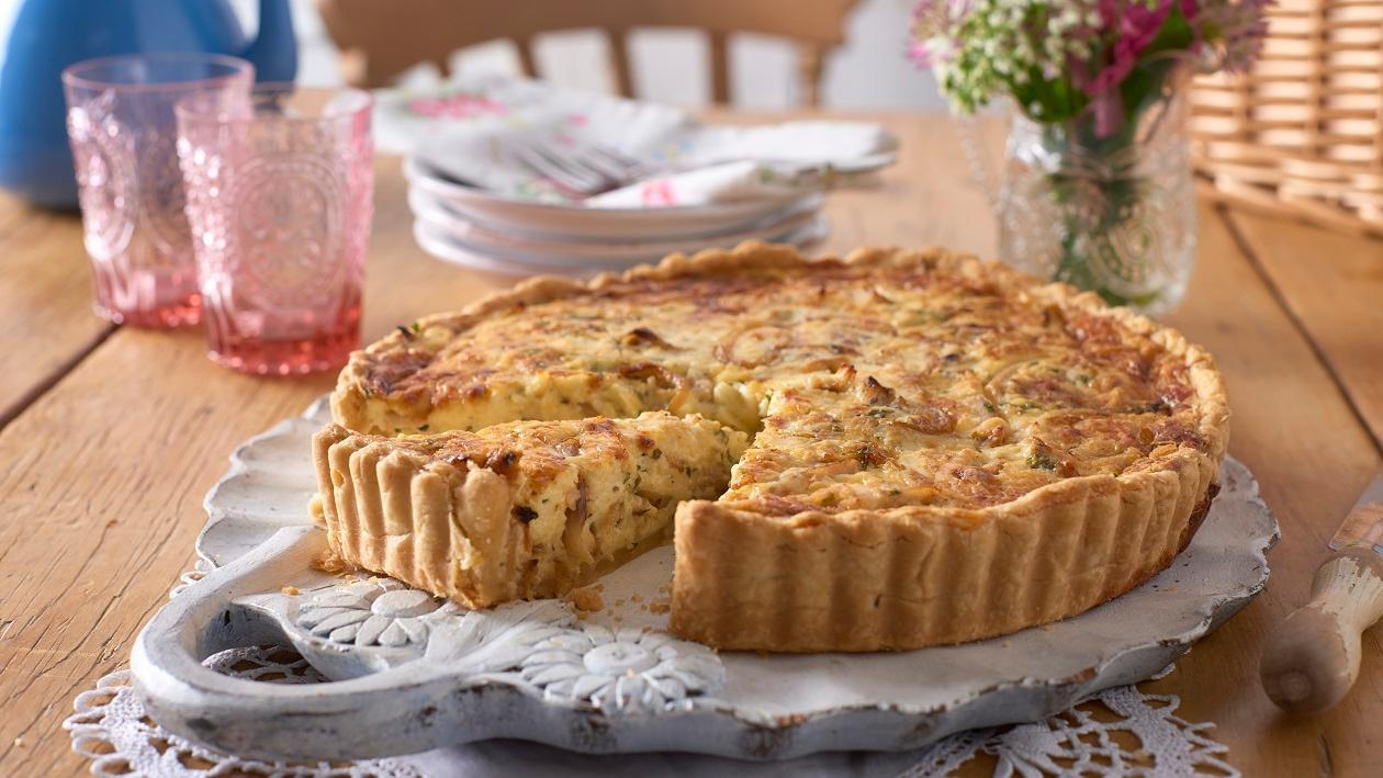 Smoked chicken and COLMAN'S wholegrain mustard quiche – recipe
