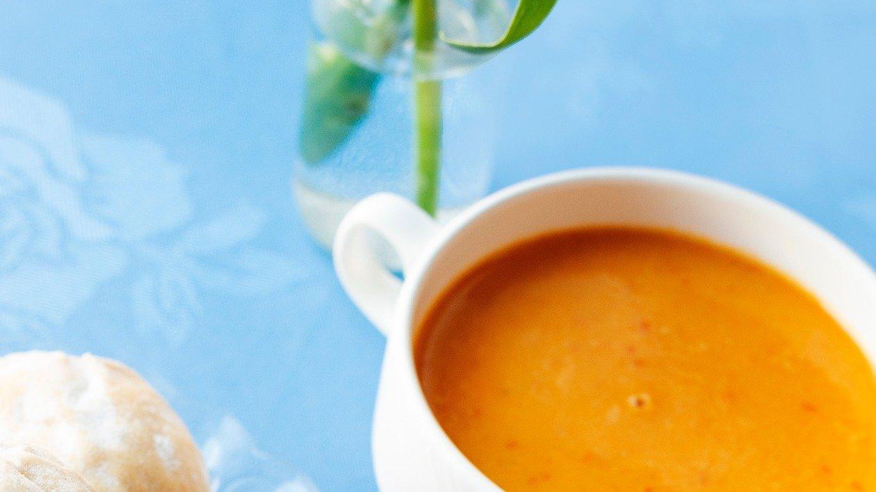 Spicy red pepper & lentil Soup – recipe