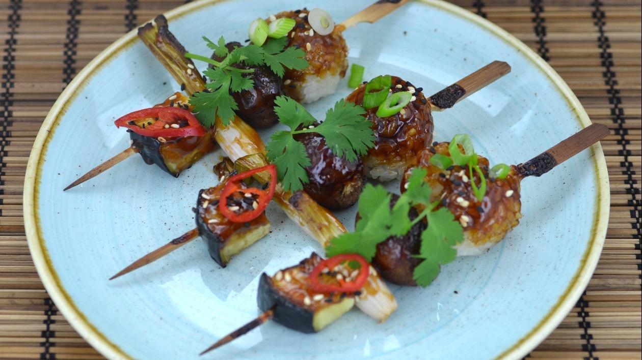 Teriyaki glazed rice & vegetable skewers – recipe