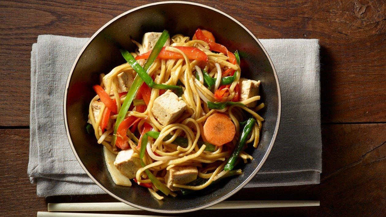 Tofu & Vegetable Chow Mein – recipe