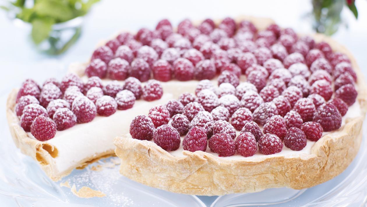 Vanilla cheesecake with raspberries – recipe