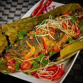 Grouper Pepes (Seasoned Grouper Wrapped in Banana Leaves)