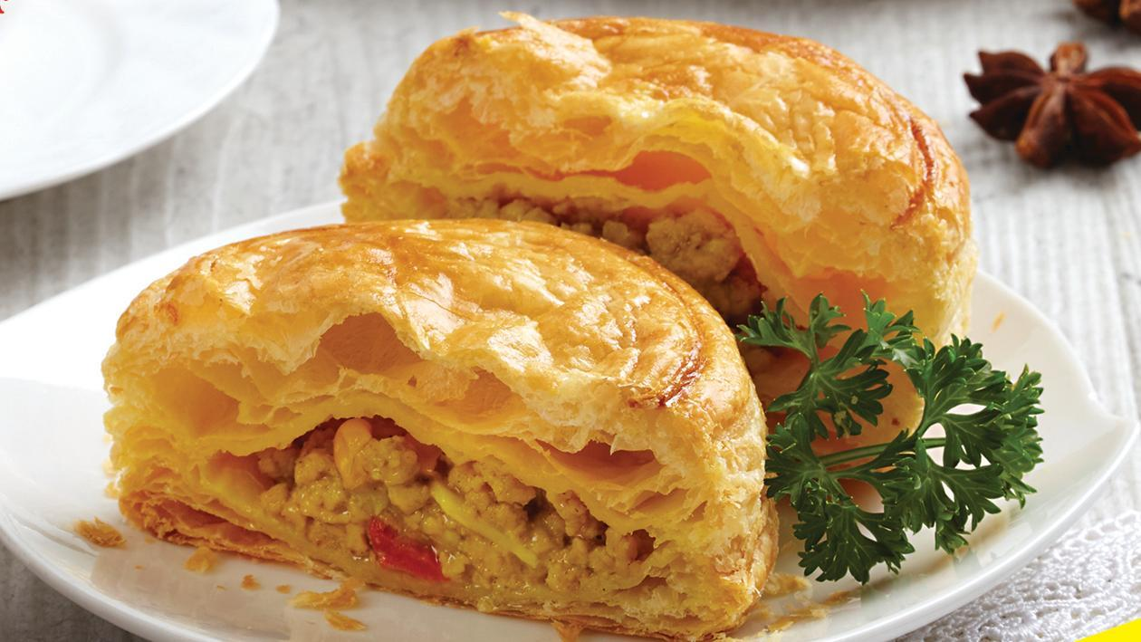 Chicken Curry Puff | Unilever Food Solutions ID