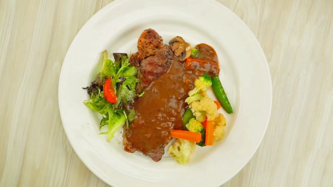 Sirloin Steak Blackpepper Sauce