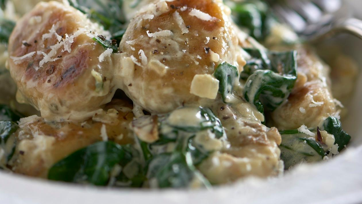 Gnocchi with mushroom, spinach & parmesan sauce