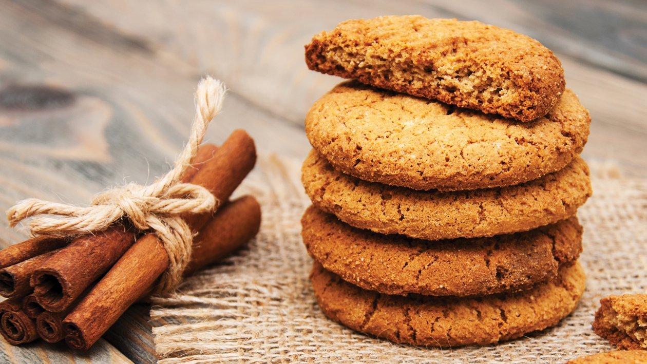 Oats & Cinnamon Cookies