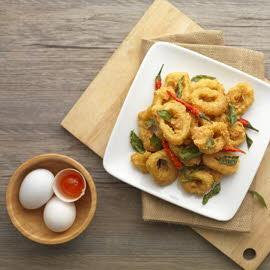 Salted Egg Calamari