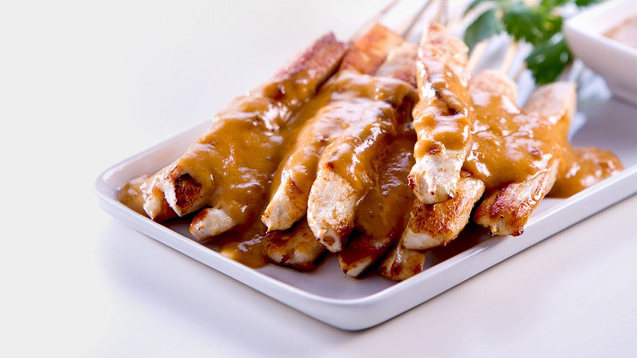 Chicken Satay Skewered with Peanut Sauce
