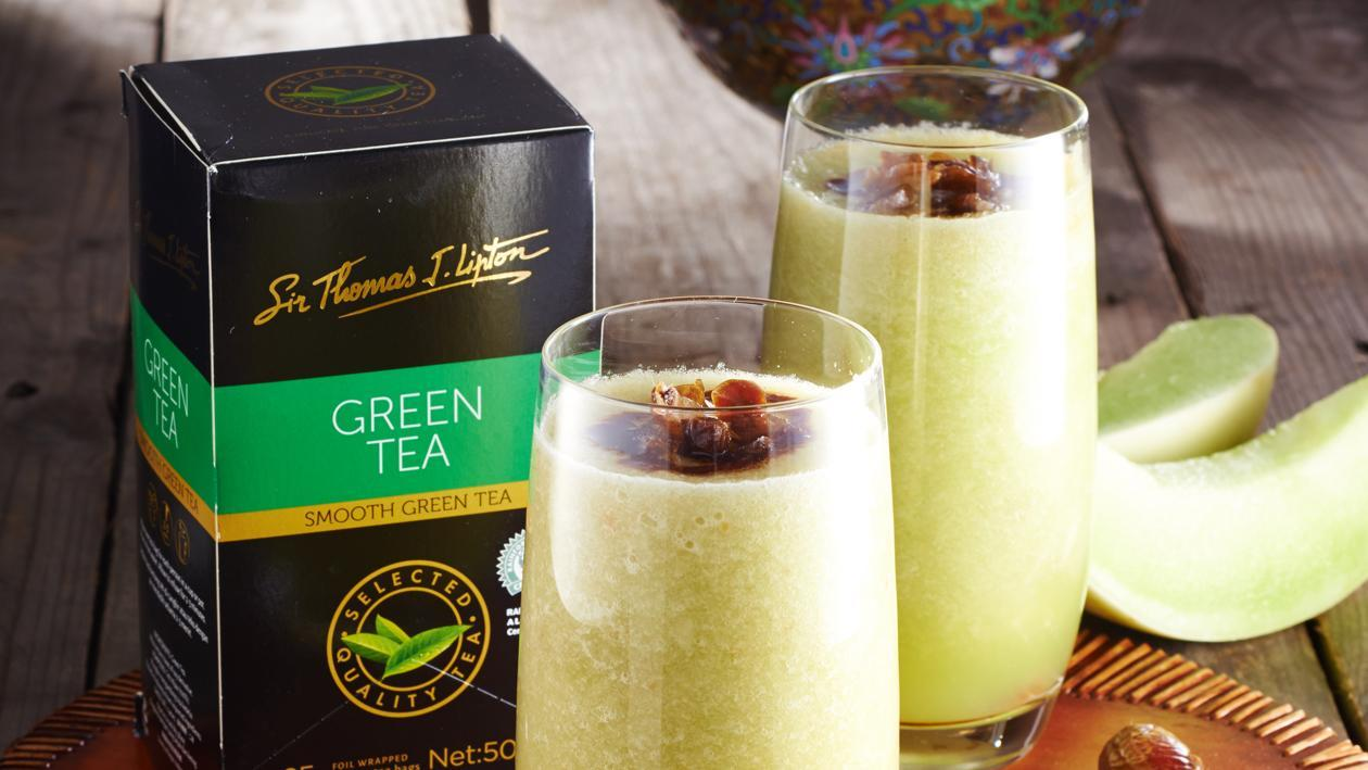Honeydew Kurma Green Tea Smoothie