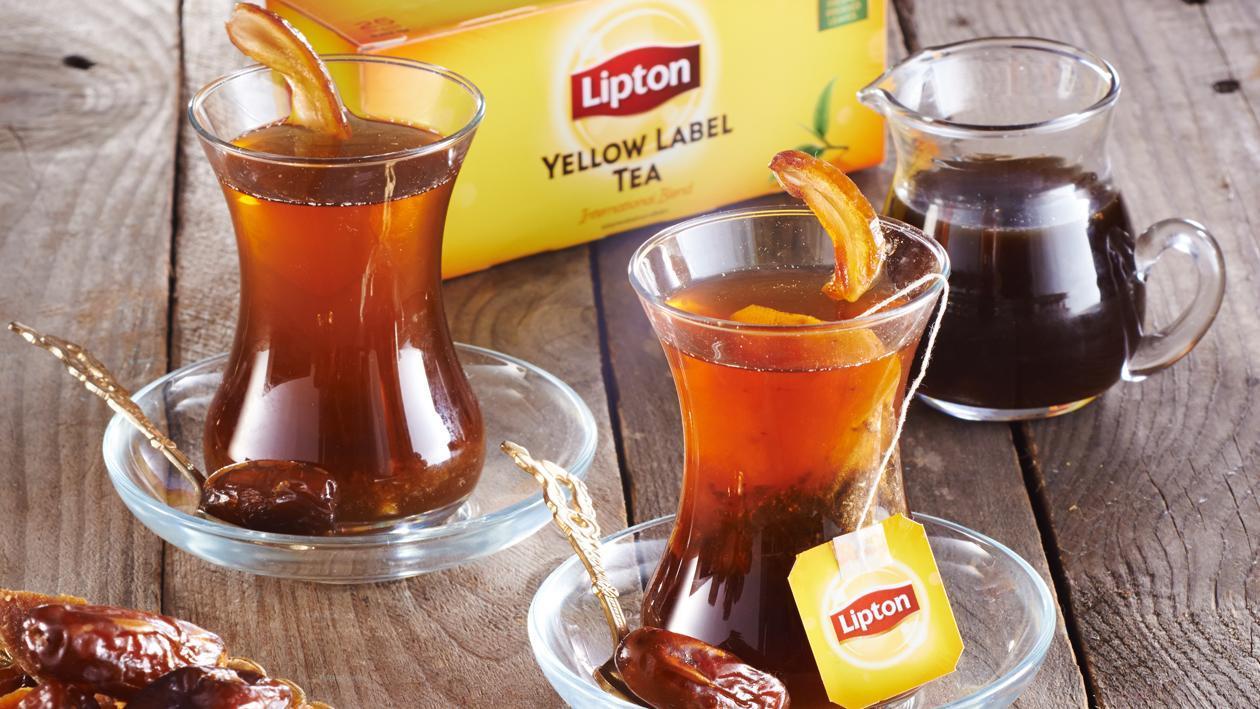 Hot Gula Melaka Kurma Tea