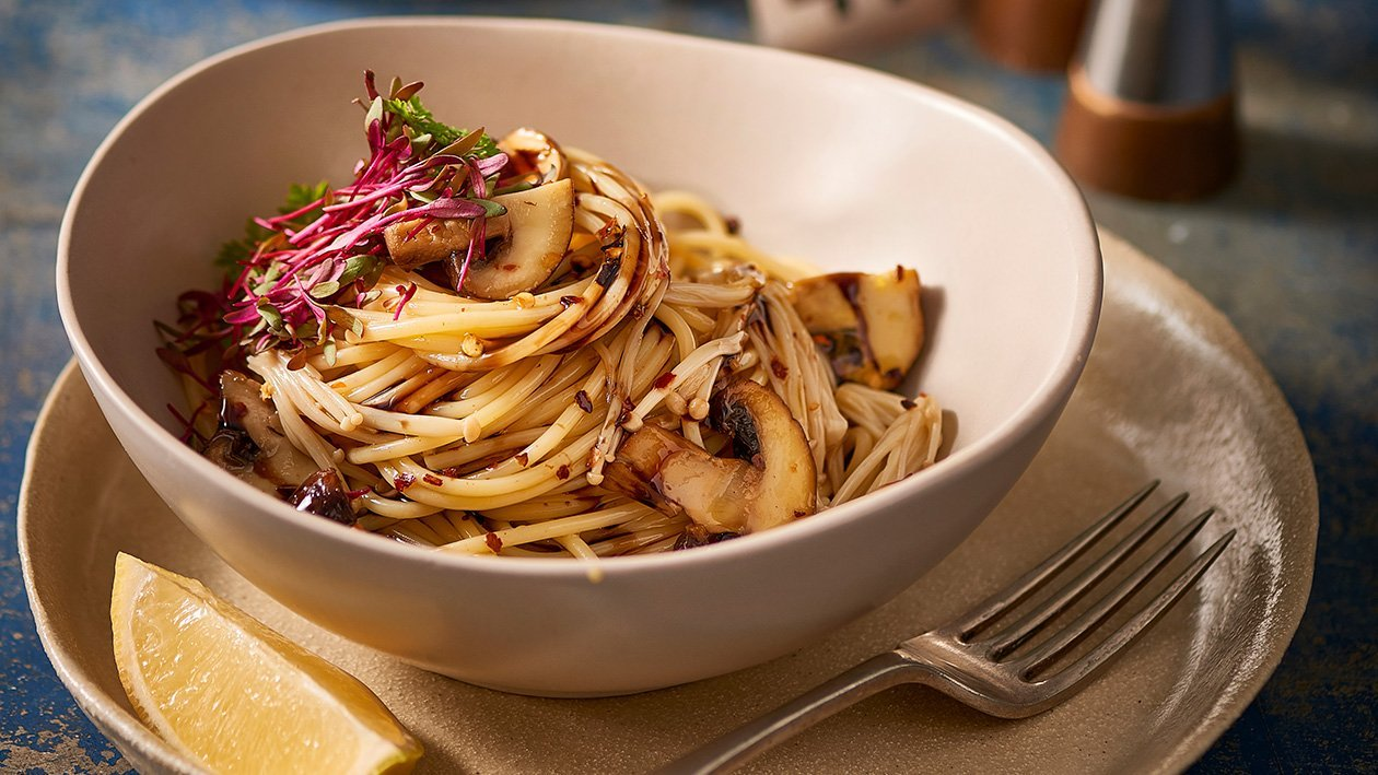 Fettuccine with Mushrooms and Balsamic Glaze – Recipe