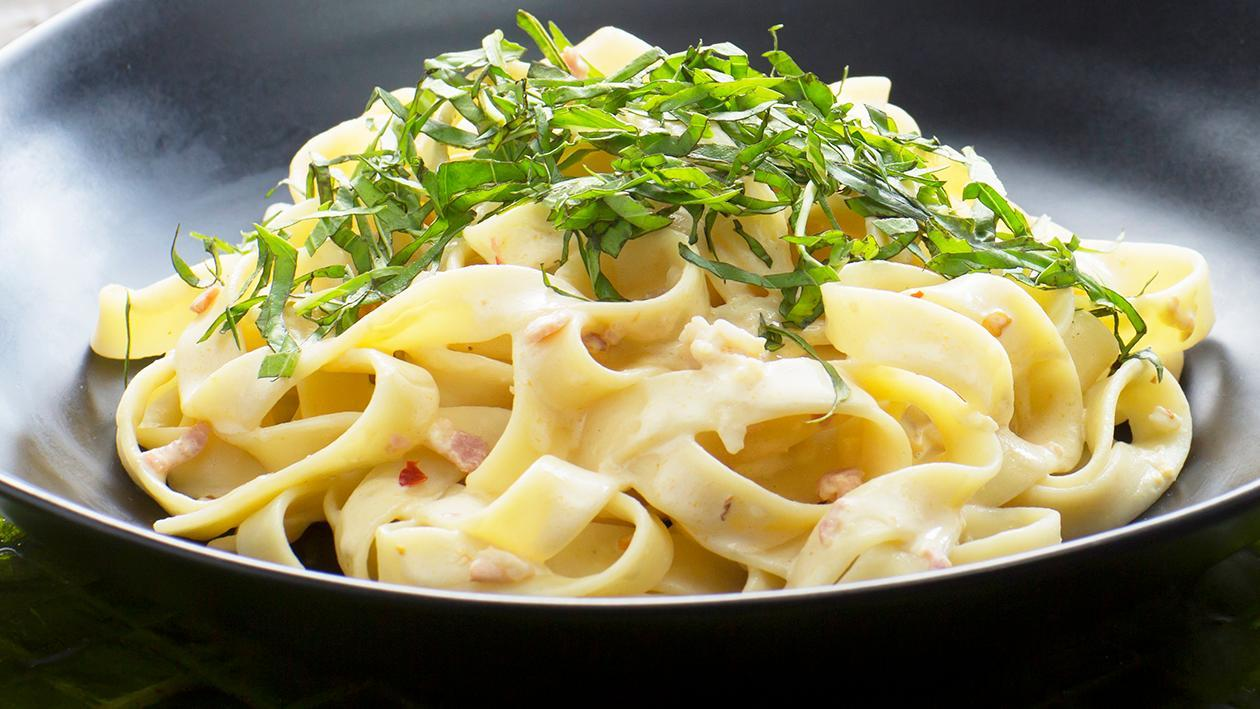 Pasta with Salted Egg Cream Sauce