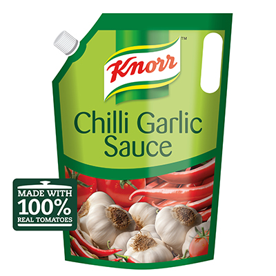 Knorr Professional Chilli Garlic Sauce (4x4kg) - Knorr Chilli Garlic sauce is made with real tomatoes and visible chilli flakes