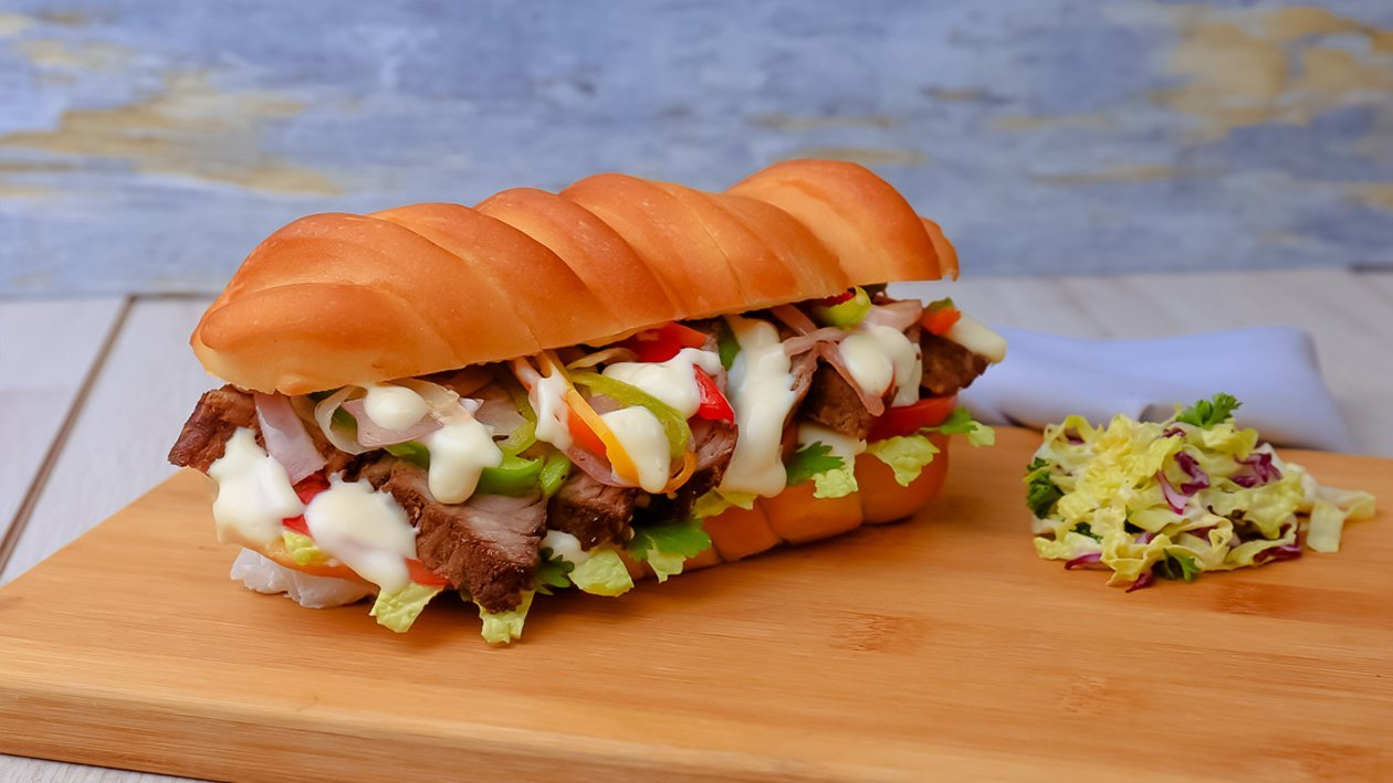 Asian Beef Sandwich with Garlic Mayonnaise