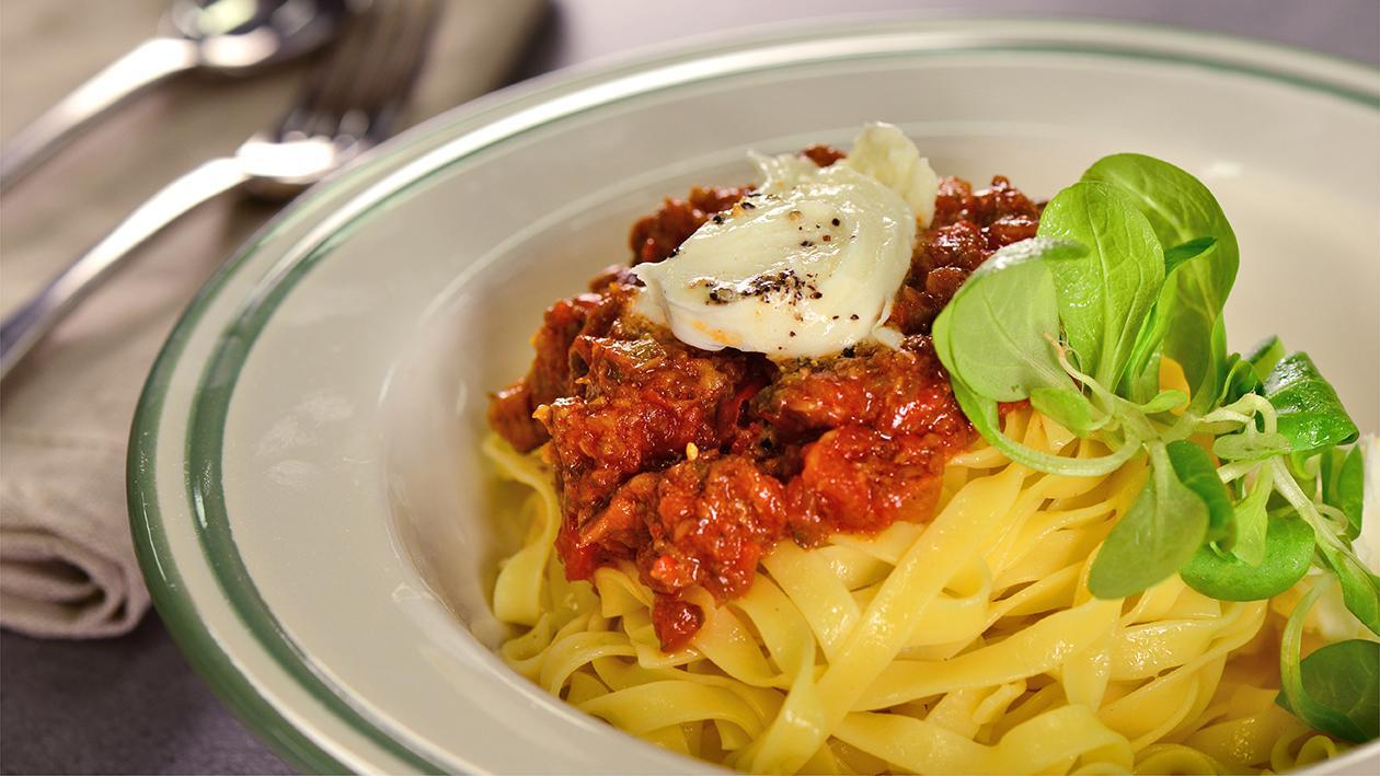 Mushroom Bolognese With Buffalo Mozzarella Recipe Unilever Food Solutions