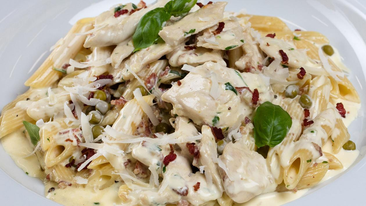 Smoked Chicken Carbonara