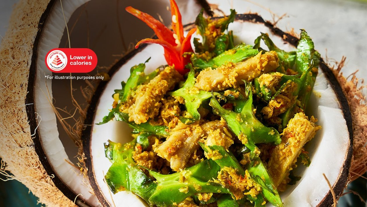Beef Tripe Salad with Wing Bean, Grated Coconut and Asian Spices