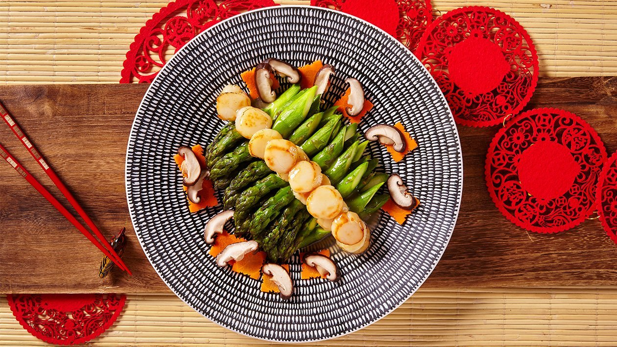 Sautéed Asparagus with Fresh Scallops
