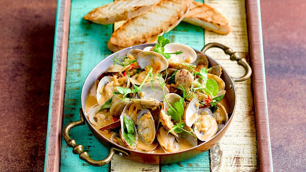 Sauteed Little Neck Clam with Tamarind Cream Sauce