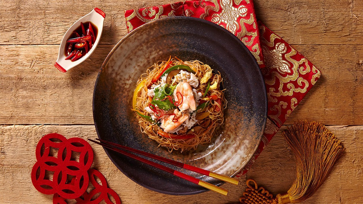 Stir Fried Mee Sua with Crab Meat and Prawn