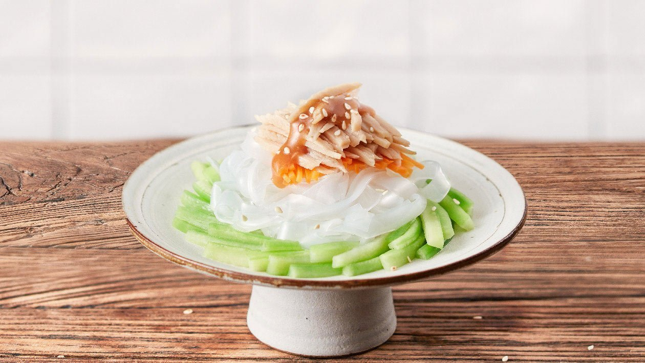 Vegetarian Shredded Chicken and Cold Noodles