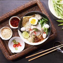 Sukhothai Tom Yam Noodles