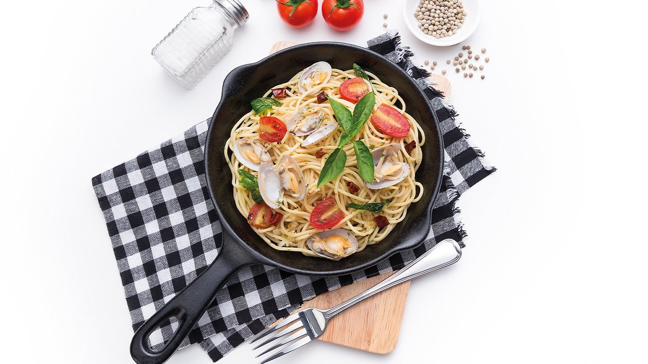 Spaghetti with Spicy Stir-Fried Clam