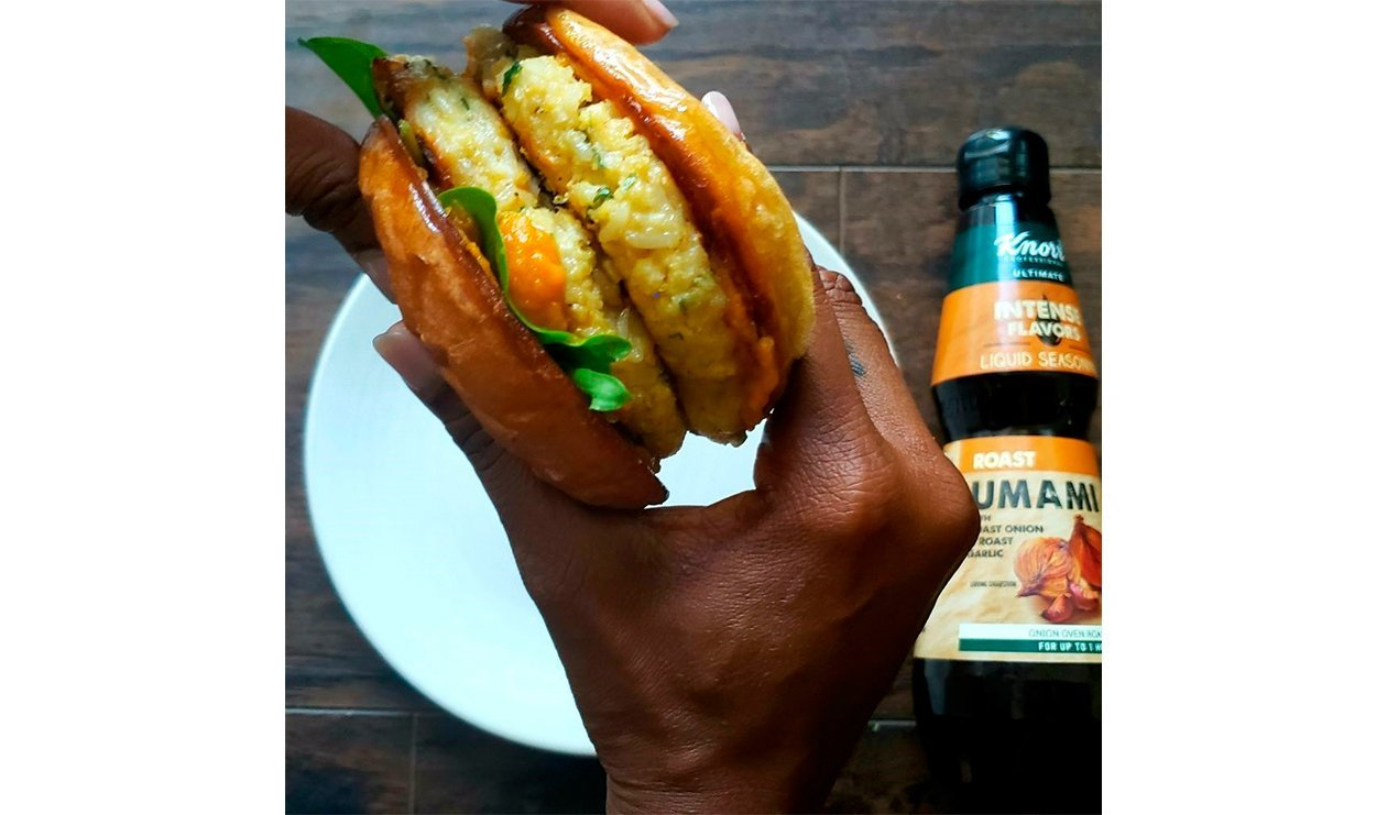 Cauliflower Burger with Apple Carrot Ketchup – recipe