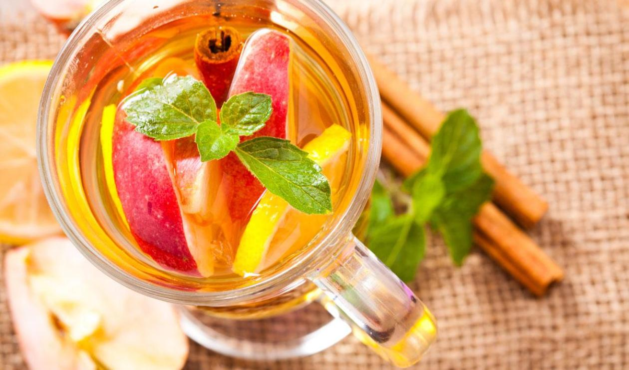 Cinnamon Apple and Cherry Tea – recipe