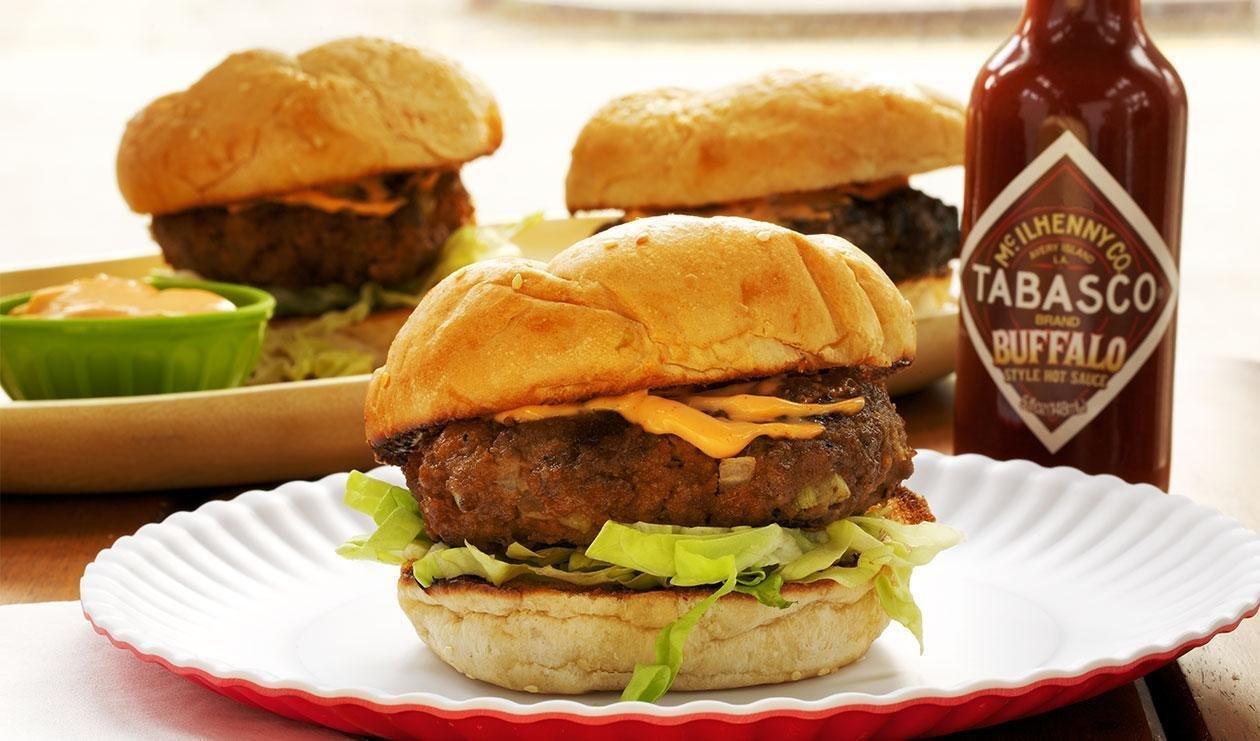 Grilled Burgers Buffalo Style – recipe