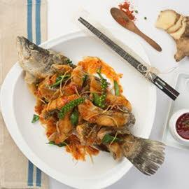 Fried Seabass Fish with Sweet Chilli Sauce