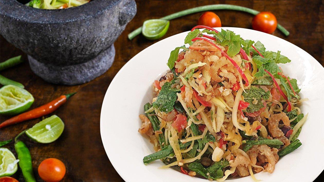 Somtum Salad