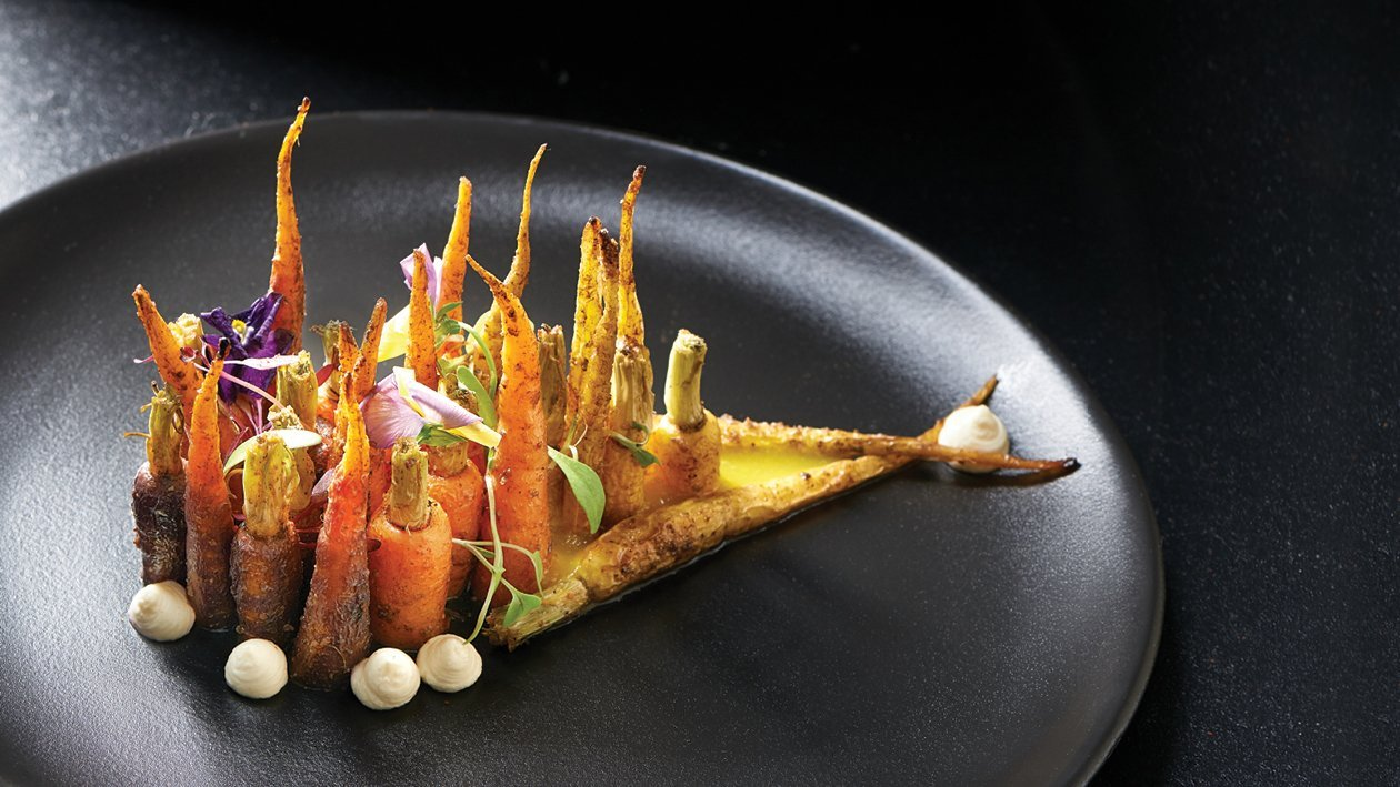 Aromatic Tumeric Charred Carrots