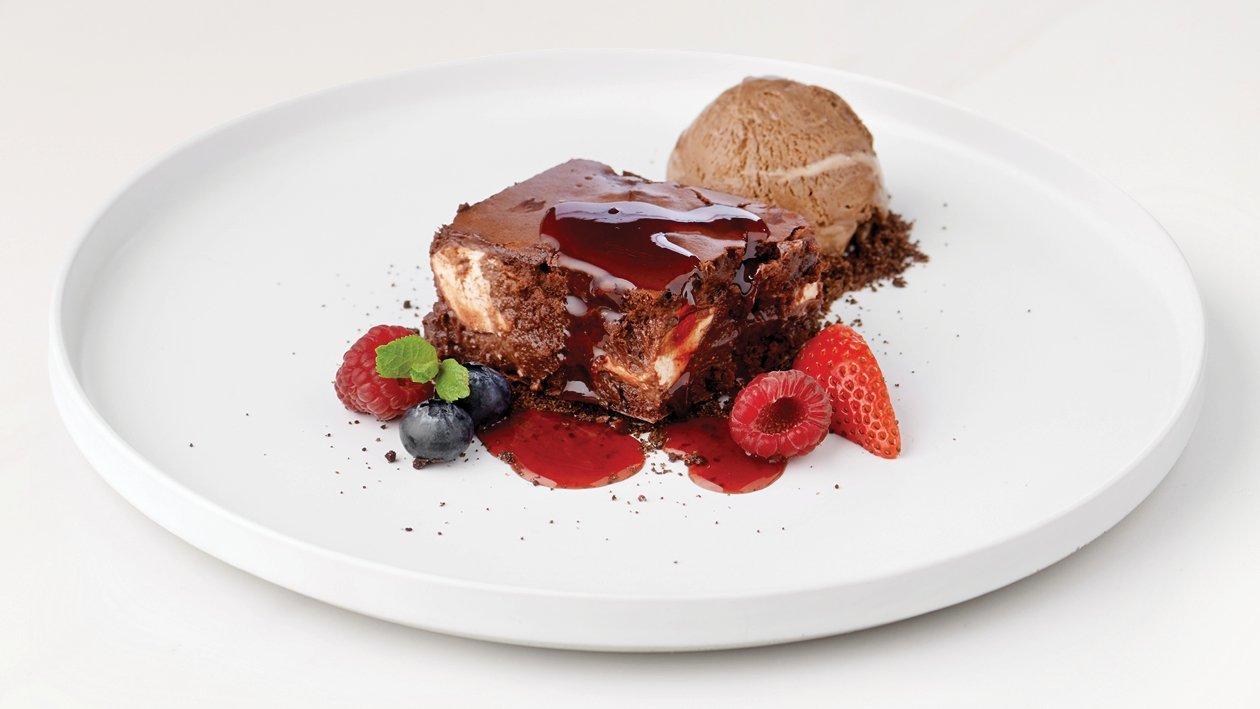 Berry Swirl Brownie